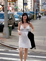 Amateur Mature MILF Flashing Her Tits In New York City