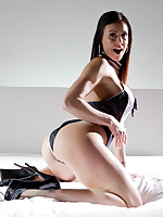 Kendra Lust in Ass Licking Dani Daniels
